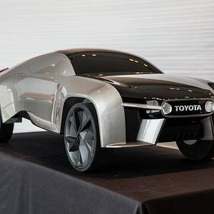 2025 年丰田拉力概念车