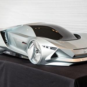 2030 年丁克家庭高性能跑车