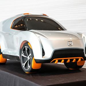2030 年模块化越野型 SUV