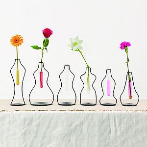 一枝独秀-女人与花之现代简约花瓶设计