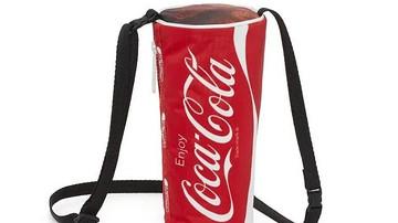 """可口可乐推出""""快乐肥宅水""""联名包!吃货们馋哭了!"""
